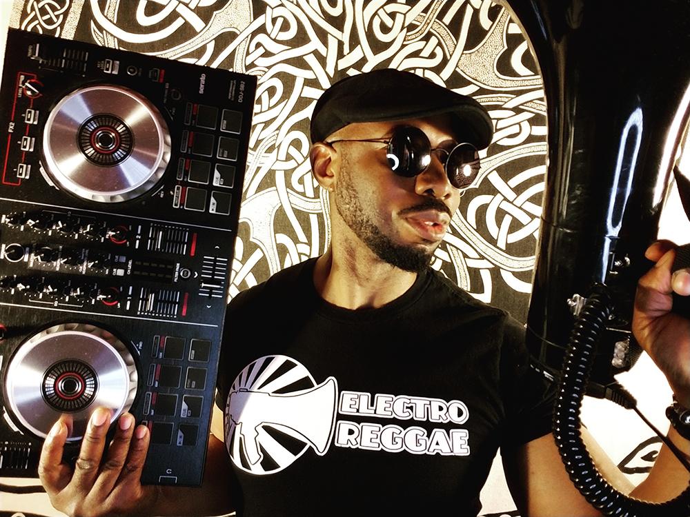 MC ZULU Electro Reggae Website Background